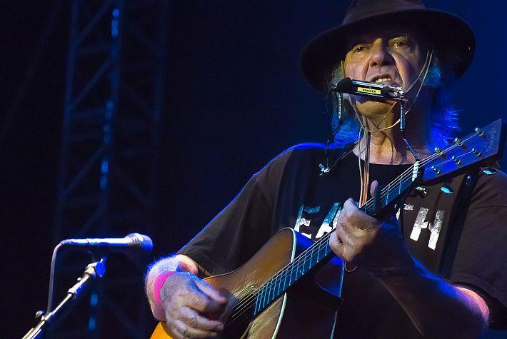 Neil Young weet niet van ophouden